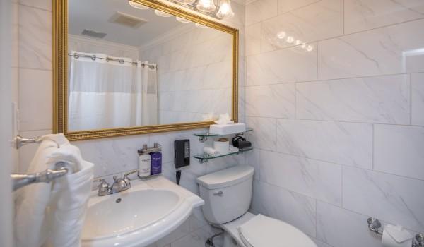 The Millwood - Guest Bathroom